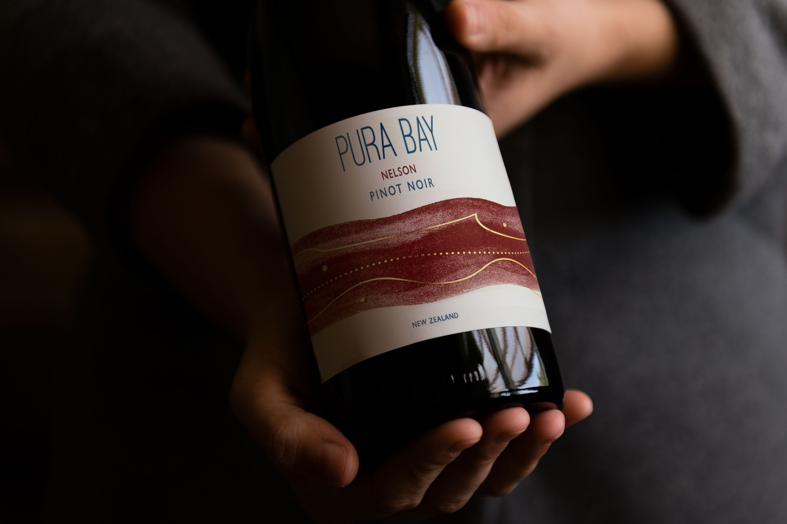 Pura Bay Pinot Noir Bottle Shot